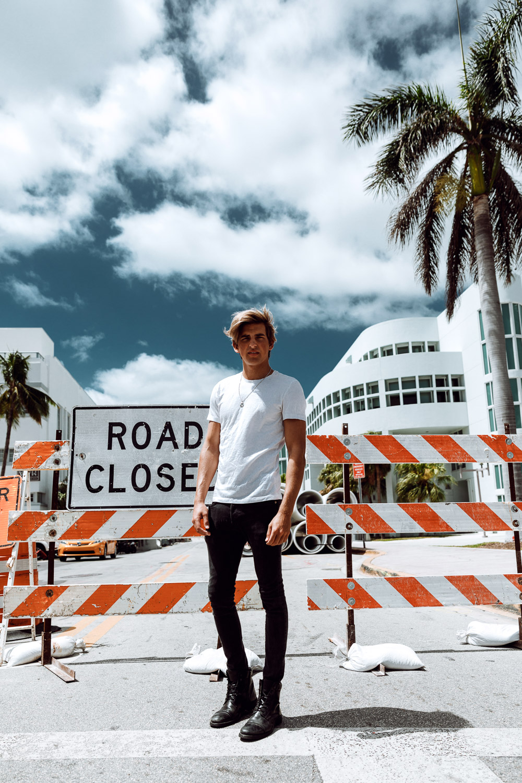 Wade J. MC2Models Fashion Shooting – Miami – Nina Danninger