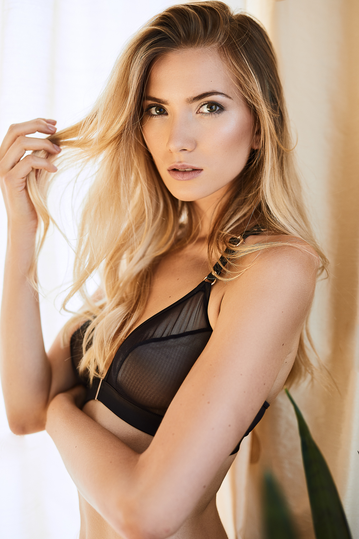 Dragana Palmers Lingerie Studioshooting Nina Danninger Photography
