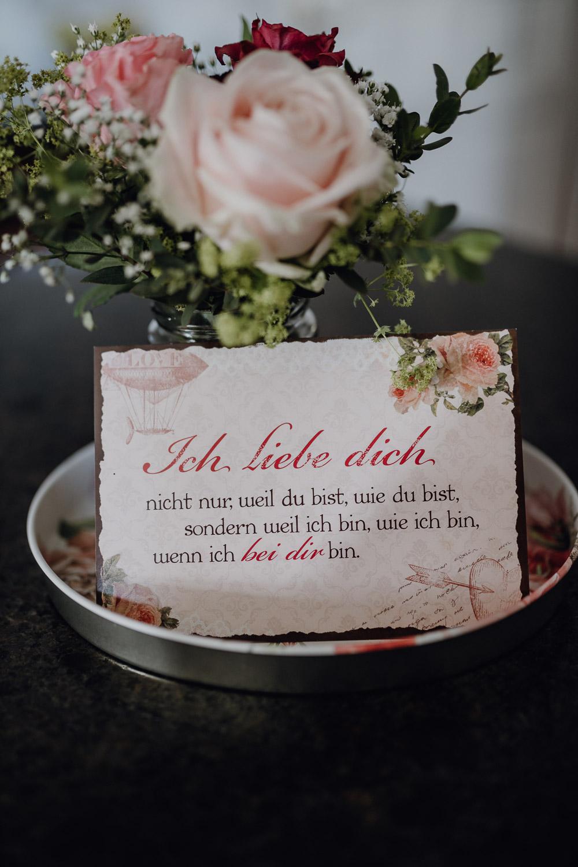Diana & Taras | Hochzeit am Pöstlingberg by Nina Danninger