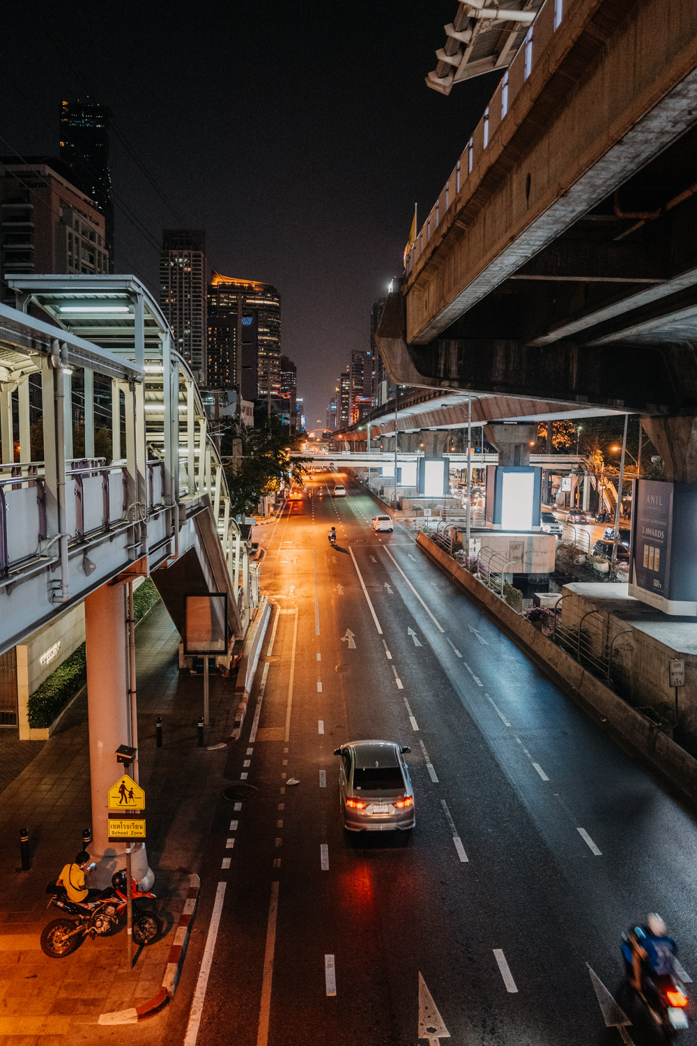 Bangkok at Night Thailand / Nina Danninger Photography